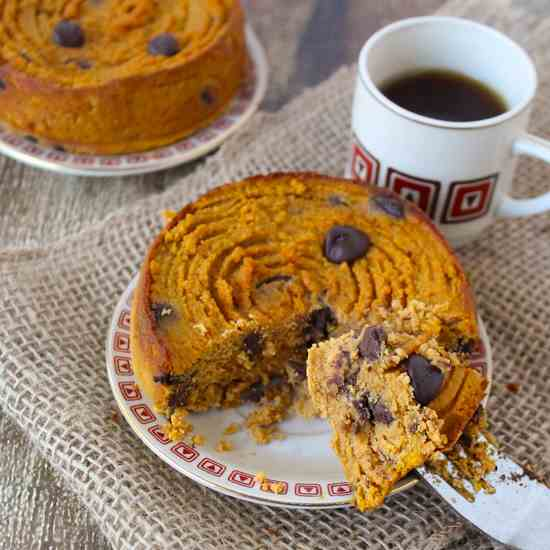 Mini Pumpkin and Chocolate Chip Cakes