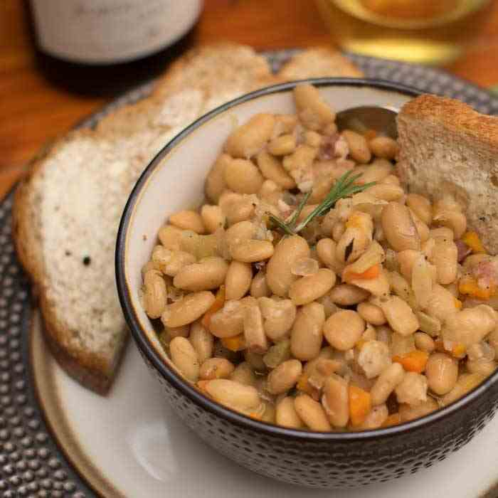 Instant Pot White Bean and Pancetta Ragout