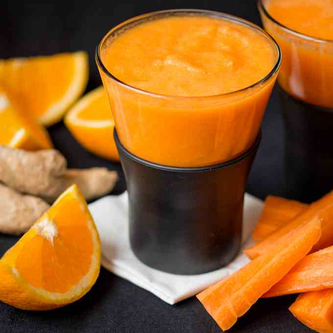 Orange Carrot and Ginger HOT smoothie