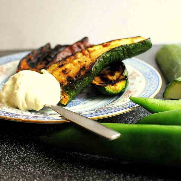Barbecued Vegetables with Sour cream Dip