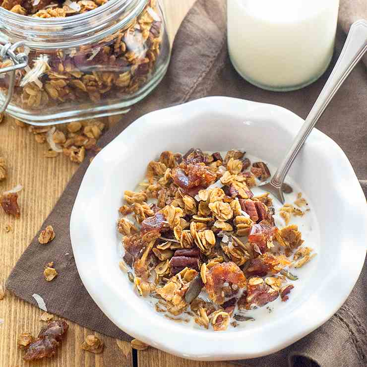 Maple Pecan Pumpkin Spice Granola