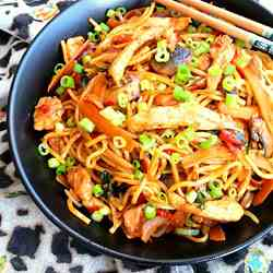 Chicken Noodles with Chili Bean Sauce
