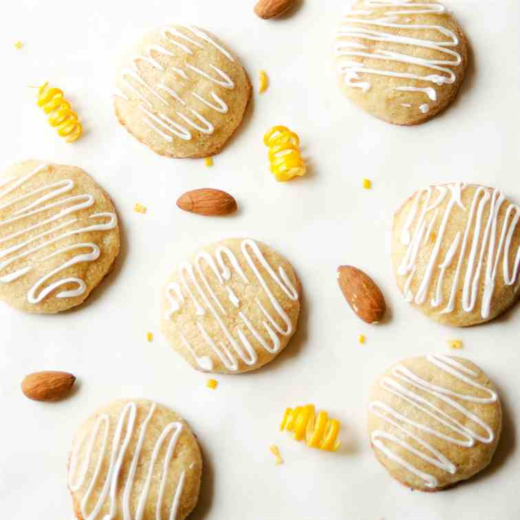 Gluten-Free Almond Orange Cookies