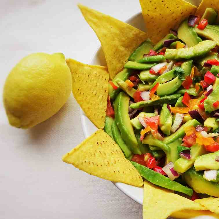 Chunky Bell Pepper Guacamole