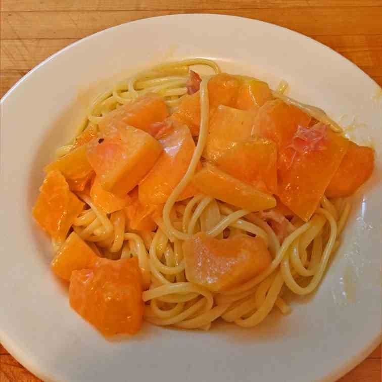 Linguine With Melon and Prosciutto