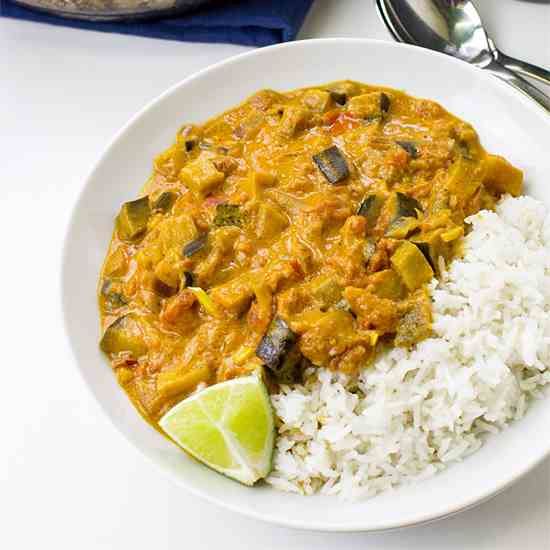 Amazing Aubergine Curry (Eggplant Curry)